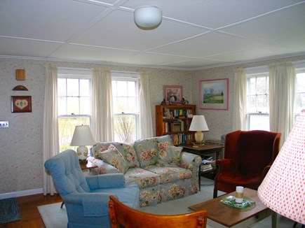 Oak Bluffs Martha's Vineyard vacation rental - Cozy living room