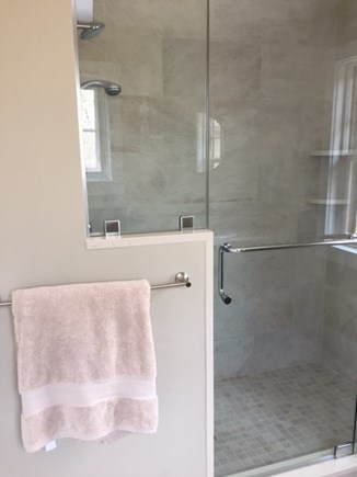 Chilmark, Chlmark Martha's Vineyard vacation rental - Master shower