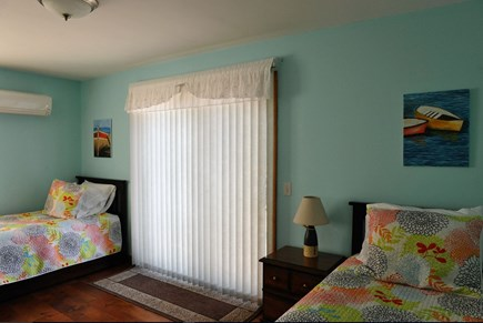Oak Bluffs Martha's Vineyard vacation rental - Bedroom 2 - two twins with two trundles