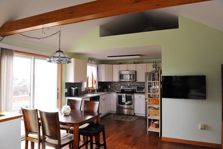 Oak Bluffs Martha's Vineyard vacation rental - Dining & Kitchen