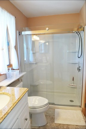 Oak Bluffs Martha's Vineyard vacation rental - Lower level bathroom