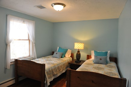 Oak Bluffs Martha's Vineyard vacation rental - Bedroom 2 - two twins