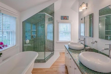 Vineyard Haven Martha's Vineyard vacation rental - Full Bathroom (1 of 4)