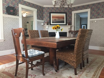 Vineyard Haven Martha's Vineyard vacation rental - Dining for 8