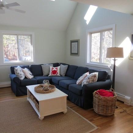 Katama - Edgartown, Edgartown Martha's Vineyard vacation rental - Bright and airy living room