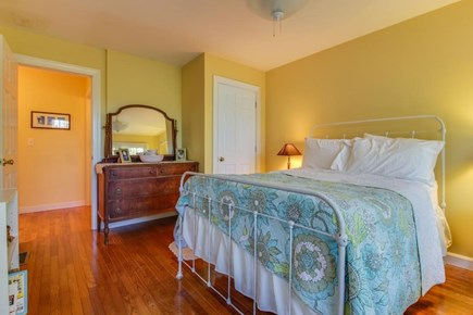 Edgartown Martha's Vineyard vacation rental - Queen-size bed