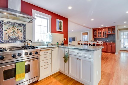 Oak Bluffs Martha's Vineyard vacation rental - Enjoy the gas range stove, wet bar, kitchen table w/seating for 4