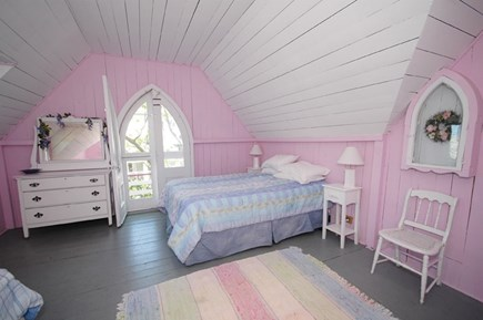 Oak Bluffs Martha's Vineyard vacation rental - Queen and Twin Bedroom