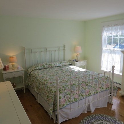 Vineyard Haven Martha's Vineyard vacation rental - Master on the first floor with a queen bed and full bath