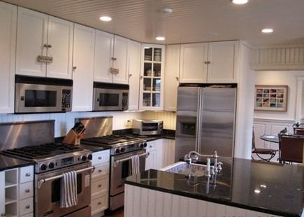 West Tisbury, Makonikey Martha's Vineyard vacation rental - Fully equipped kitchen