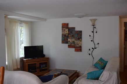 Oak Bluffs, Close to Town Martha's Vineyard vacation rental - Comfortable living area with flat screen tv, Cable, and wii fii