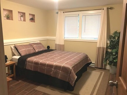 Oak Bluffs Martha's Vineyard vacation rental - Queen on lower level