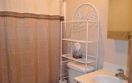 Oak Bluffs Martha's Vineyard vacation rental - Shower/Bathtub Combo