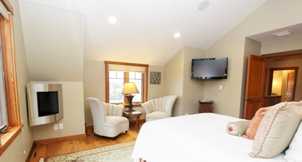 Oak Bluffs Martha's Vineyard vacation rental - Queen Size Bed  - Main House