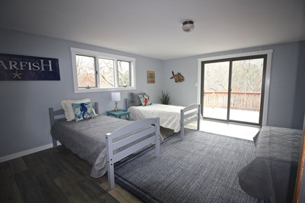 West Tisbury Martha's Vineyard vacation rental - Bunk Room 3 Twin, 1 Double bed