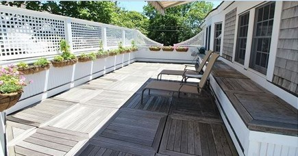 Edgartown Martha's Vineyard vacation rental - Upstairs deck