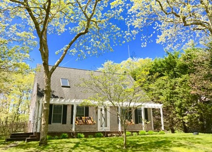 Vineyard Haven, Tisbury Martha's Vineyard vacation rental - Welcome to Boxberry Avenue