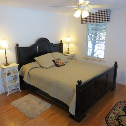 Vineyard Haven, Tisbury Martha's Vineyard vacation rental - First floor master bedroom with king bed