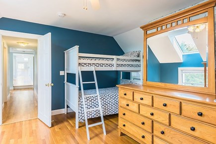 Oak Bluffs Martha's Vineyard vacation rental - Bunk bed room
