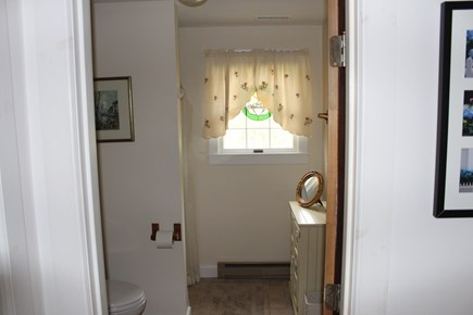 Edgartown Martha's Vineyard vacation rental - Second Floor Bathroom