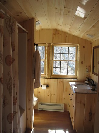Edgartown Martha's Vineyard vacation rental - Second master full bath