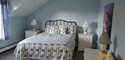 Edgartown Martha's Vineyard vacation rental - Bright and large queen size quilt bedroom.