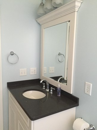 Katama - Edgartown Martha's Vineyard vacation rental - New Bathrooms