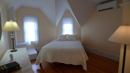 Oak Bluffs Martha's Vineyard vacation rental - 2nd fl Queen