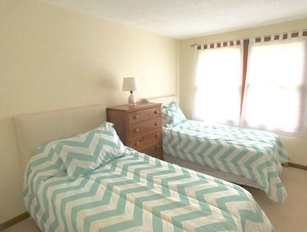 Vineyard Haven Martha's Vineyard vacation rental - Twin guest room