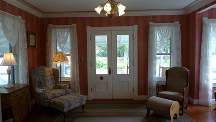 Oak Bluffs Martha's Vineyard vacation rental - Parlor