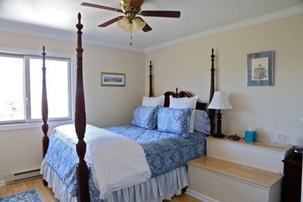 Katama - Edgartown Martha's Vineyard vacation rental - Upstairs Middle Bedroom