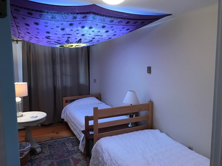 Chilmark Martha's Vineyard vacation rental - Tapestry Room, two twins