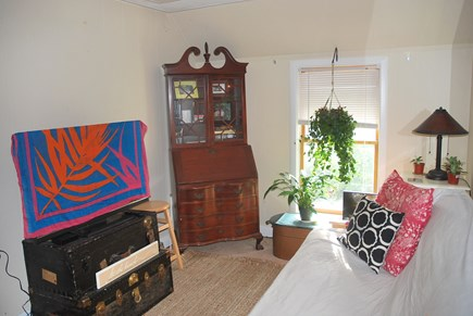 Oak Bluffs Martha's Vineyard vacation rental - Living Room with futon for additional sleeping
