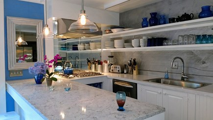 Oak Bluffs Martha's Vineyard vacation rental - Open kitchen, quartz counter and Bosch cooktop