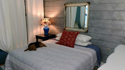 Oak Bluffs Martha's Vineyard vacation rental - King bed with extra twin
