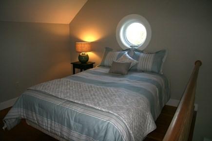 Edgartown Martha's Vineyard vacation rental - Queen bed in Loft Bedroom