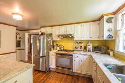 Oak Bluffs, East Chop Martha's Vineyard vacation rental - Fully equipped kitchen