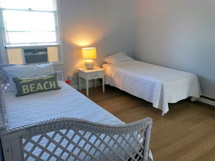 Katama - Edgartown, Edgartown Martha's Vineyard vacation rental - Twin beds in 3 bedroom