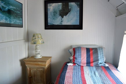 Oak Bluffs harbor Martha's Vineyard vacation rental - 2nd floor (landing room)