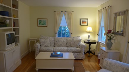 Edgartown Martha's Vineyard vacation rental - Reading/TV Room