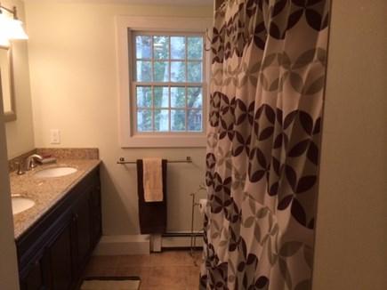 Oak Bluffs Martha's Vineyard vacation rental - Second Floor Bathroom