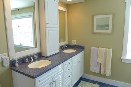 West Tisbury Martha's Vineyard vacation rental - Shared Upstairs Bathroom
