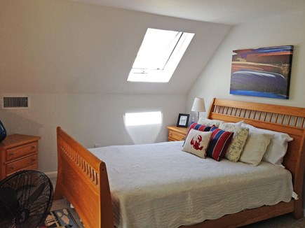 West Tisbury Martha's Vineyard vacation rental - 2 Floor queen bedroom with skylight