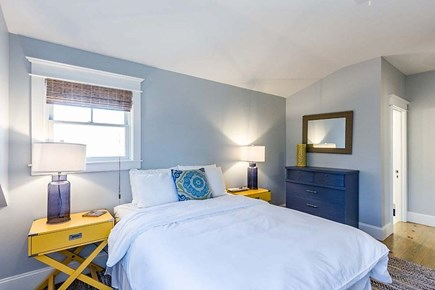 Downtown Vineyard Haven Martha's Vineyard vacation rental - Bedroom #2 (Queen Bed) with EnSuite Bathroom