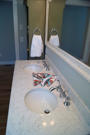 Oak Bluffs Martha's Vineyard vacation rental - Double Vanity in Bathroom