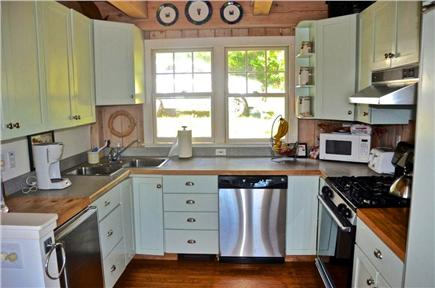 Aquinnah, Martha's Vineyard Martha's Vineyard vacation rental - A Cook's Kitchen