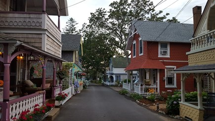 Oak Bluffs walk to town Martha's Vineyard vacation rental - Stroll through the historic cottage street.