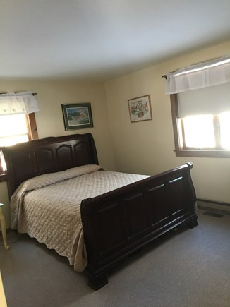 Katama Edgartown  Martha's Vineyard vacation rental - Downstairs bedroom with queen size bed