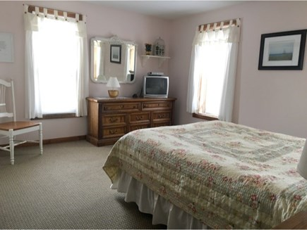Katama - Edgartown, Katama  Martha's Vineyard vacation rental - 2nd Master bedroom double bed upstairs