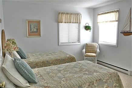 Chappaquiddick Martha's Vineyard vacation rental - Twin Bedroom